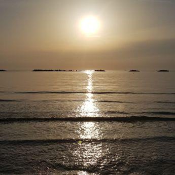 Alba sul Mare Adriatico
