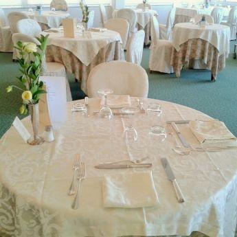 Il servizio al tavolo all'Hotel Britannia
